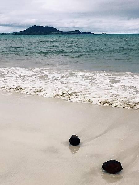 lanikai beach.jpg