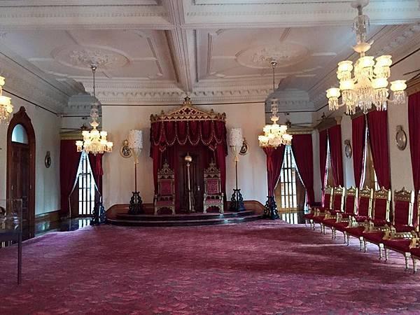 Iolani Palace.jpg