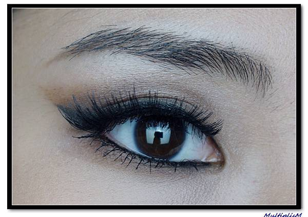 ariana grande eye makeup2.jpg