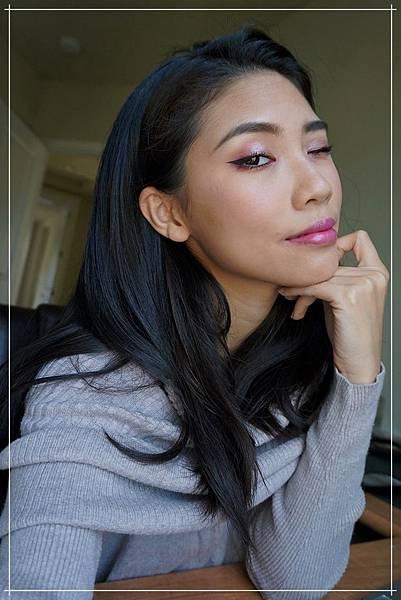 huda beauty obsessions mauve makeup.jpg