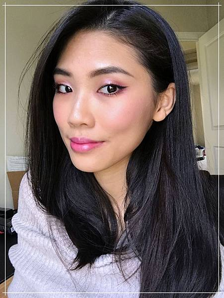 huda beauty obsessions mauve makeup_phone.jpg