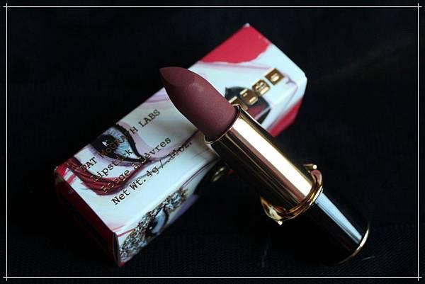 pat mcgrath mattetrance lipstick flesh3_1.jpg