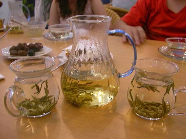 這茶好好喝阿 變美美唷