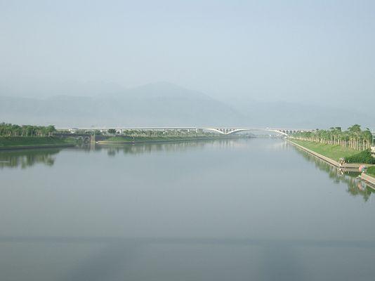 早晨的冬山河