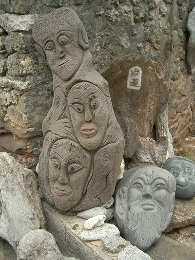 二崁古厝石雕