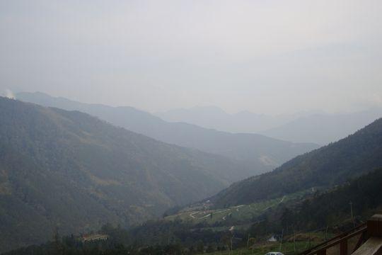 雪山登山口遠眺