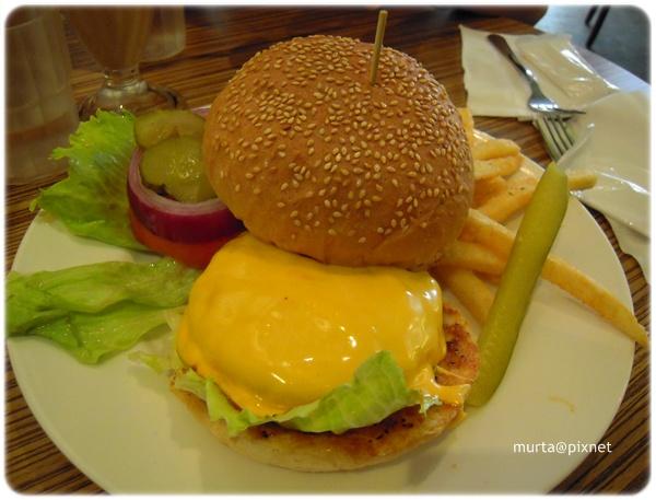 BBQ漢堡.JPG