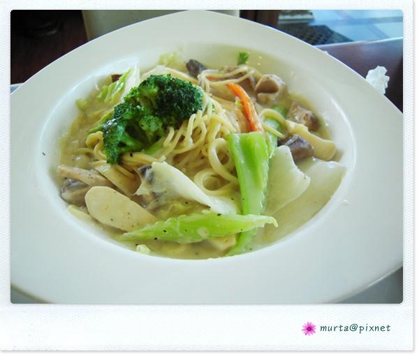 奶汁蔬菜麵.JPG