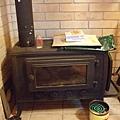 比較古早的暖爐