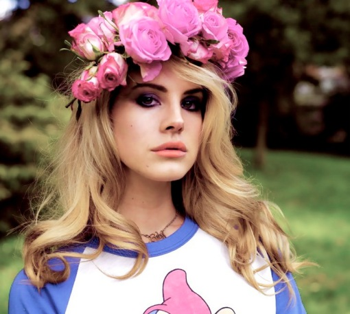 Lana-Del-Rey-flowers
