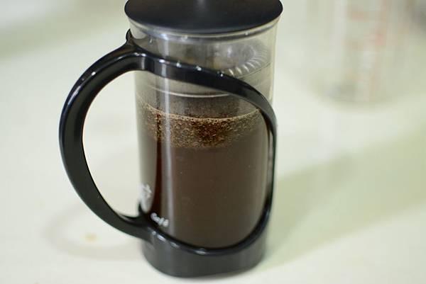 咖啡交響樂-佑品咖啡法壓壺教學-7.jpg