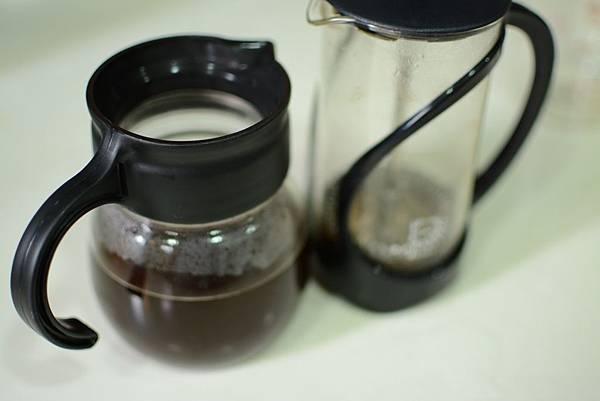 咖啡交響樂-佑品咖啡法壓壺教學-11.jpg