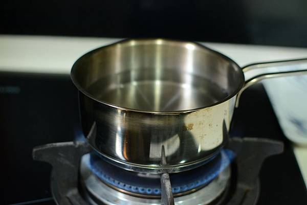 法式濾壓壺製作奶泡2.jpg