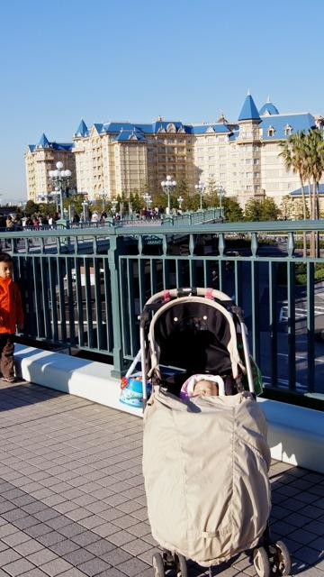 DisneyLand111210_005.jpg
