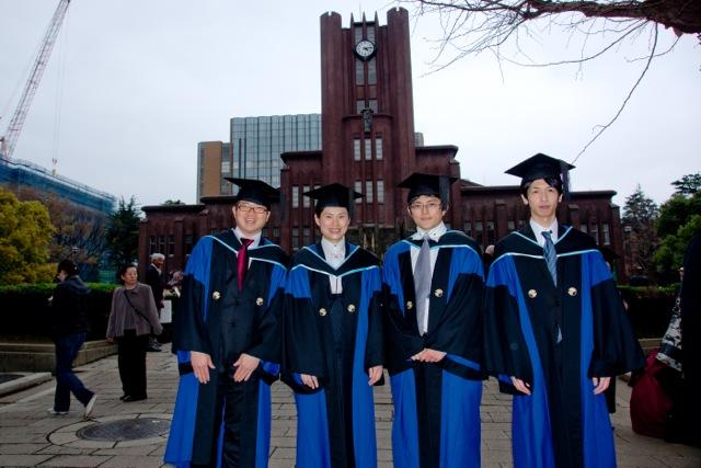 graduate_08