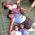午休時間愛心少家孩子和院童都睡翻了