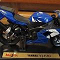 山葉R1重機模型50元
