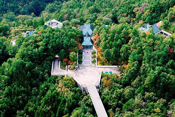 japan_miho-museum_1100x733.jpg