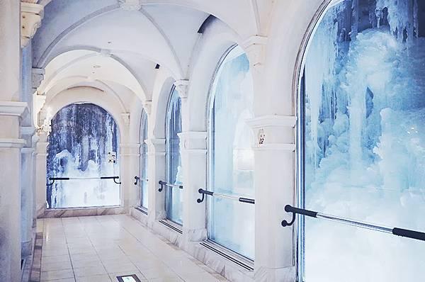 雪の美術館.jpg