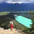 Big Beehive Trail 大蜂巢山步道眺望露易絲湖7.jpg