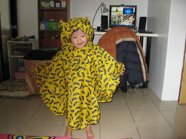 這是我的小蝙蝠雨衣喔~~