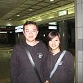 順利到了往上野的車站,請路人甲幫我們拍了這次旅行的第一張合照