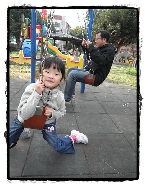 盪秋千P1020015-20110102.JPG
