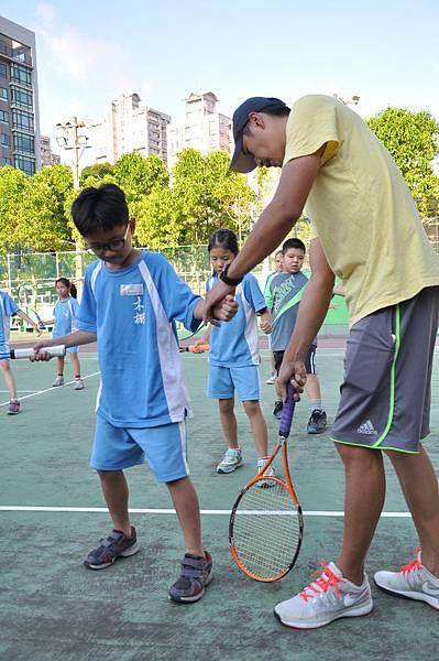10409社團-網球初階1.jpg