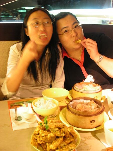 20050822 (8) 很餓很餓的Midori.JPG