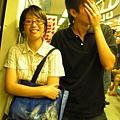 20050821 (6) 不知道為什麼要遮臉 = =.JPG