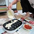 20110522-章魚燒烤盤啟用做豬肉丸-016.JPG