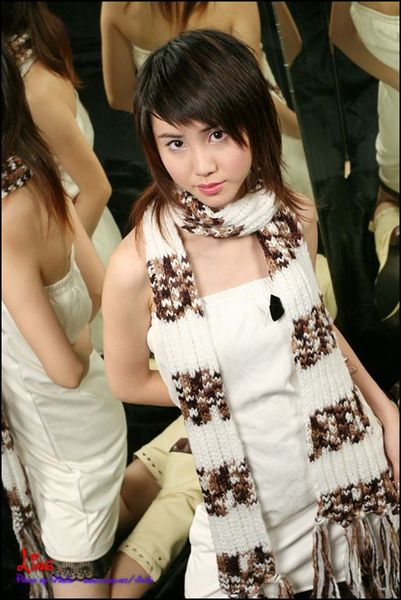 HKmodel--Ling075.jpg