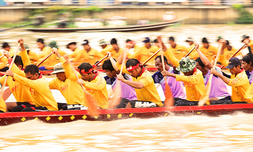 Surat-Thani-Chak-Phra-Festival_04.jpg