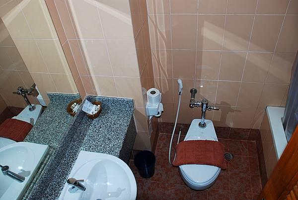 pupaya 一般房 浴室.JPG