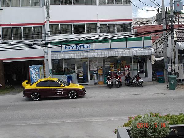 DSC09037蘇美島Anantara Lawana酒店對面.JPG