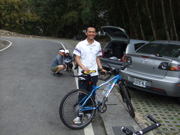 我和我的腳踏車他叫藍色戰警...