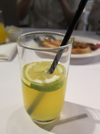 2012_08_17_卡邦餐廳聚餐for研討會成功 (6)