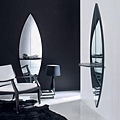 mirrors01.jpg