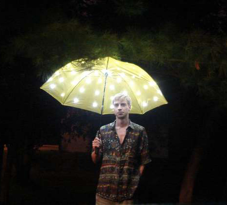 LED_umbrella-1.jpg