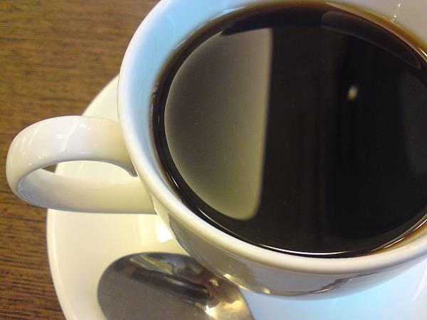 真鍋-黑咖啡.JPG