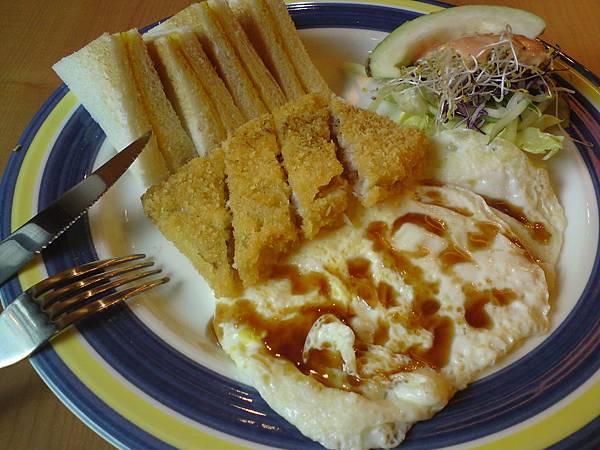 米吉米-鱈魚排早餐.JPG