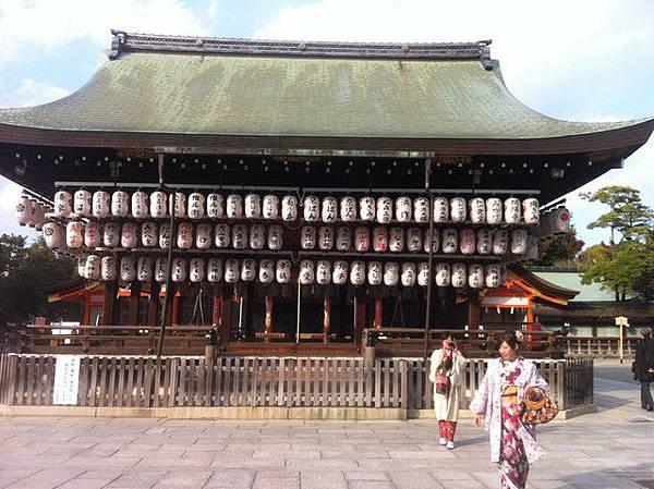 八阪神社.jpg