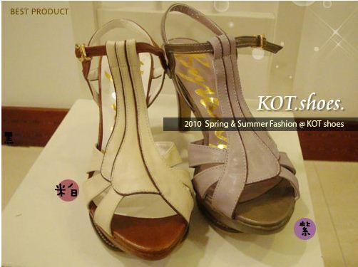 KOT韓國 T型環釦羅馬高跟涼鞋款 1075.JPG