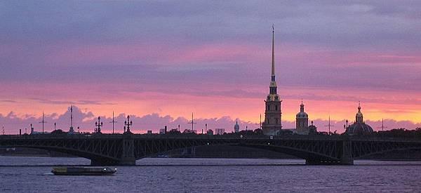 800px-Neva_sunset.jpg