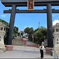 來去神宮拜個拜~求個行車平安!!