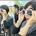 我真的好愛這個熊貓眼鏡喔~為什麼沒有買回來啦??
