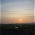坐高鐵好無聊~拍拍夕陽,殺殺時間