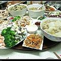 今年的年夜飯很熱鬧!!!