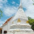 loei_sisongrak_stupa_feature002-1.jpg