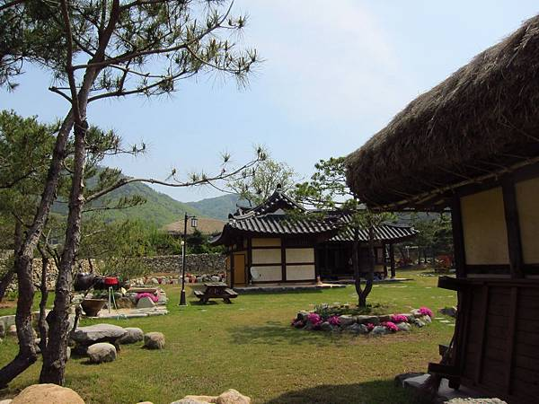 外岩里民俗村 (12).JPG